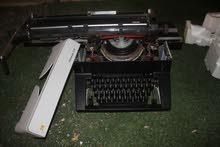 لعشاق التراث القديم آلة كتابة ادلر للبيع لاعلى سومه