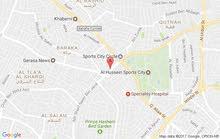 معرض سيارات للبيع محلات تجارية عدد2 مع رخصةالمعرض دوارالمدينة بتجاة السيفوي الشميساني