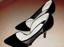 حذاء بي30 دينار