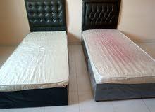سرير مفرد (عدد 2) مع المراتب