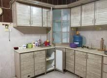مطبخ المنيوم مستعمل نظيف جداا 7 متر ونص درفتين ارسل رساله نصيه وسيتم الاتصال بك