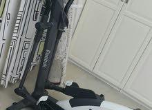 جهاز رياضة مع مميزات تحكم من اليد إمكانية الارتفاع 16 درجة  وجهاز دراجة ماركة