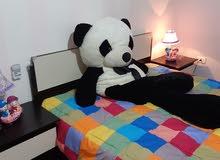 غرفة نوم مقاس 200 * 160 بحالة ممتازه جدا مع +فرشة الريم
