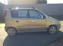 Automatic Gold Hyundai 2000 for sale