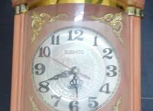 ساعة حائط فاخرة