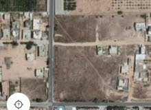 قطعة أرض في عين زارة السدرة . بالقرب من مسجد الشهيد