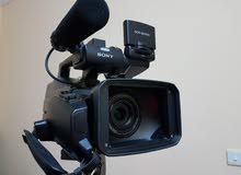 1كاميرا فيديو سونى   + فوتوغرافى نيكون d 7000