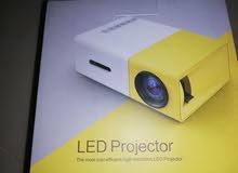 Led projector ليد بروجكتر بحاله ممتازه