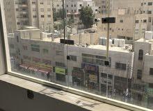 مكتب أو عياده طبيه في موقع تجاري و حيوي للإيجار في طبربور - الشارع الرءيسي