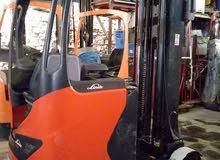 للبيع عدد 2 كلارك كهربا ريتش تراكlinde الالمانية كسر زيرو بسعر مغرى  reach truck forklift for sale