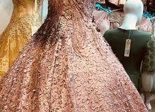 فستان عروسة للبيع