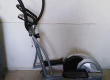 دراجة رياضي يعمل على خسارة الوزن   من شركة عالمية  الدراجة غير مستهلكة ابدا سهلة التنقل  فيها8سرعات