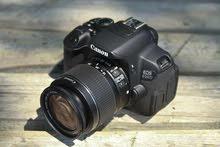 كاميرا كانون نظيفة جداً للبيع مع عدساتها