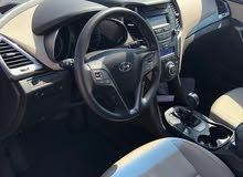 Hyundai Santa Fe car for sale 2016 in Muscat city