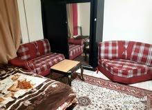 يومي شقة مفروشة يومي  للايجار عمان شارع الجامعة.