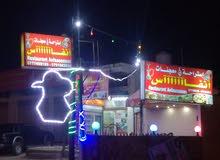 محل تجاري يعمل بشكل جيد على طريق اربد عمان التفاصيل في الاسفل