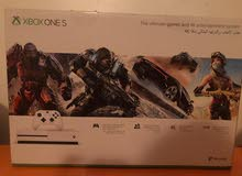 Hawtah Sadir - There's a Xbox One S device in a New condition