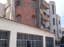 مبني تجاري للايجار . على الرئيسي في صلاح الدين