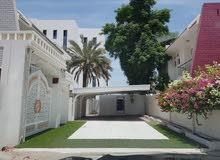 قصر مصغر على الطراز الأوروبي محدث بالكامل في مدينة السلطان قابوس