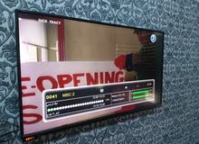 Toshiba 43 inch TV screen