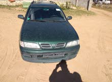 Manual Green Nissan 1999 for sale
