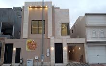 للبيع فيلا 5 غرف ماستر مؤسس مصعد المساحه 300م في حي النرجس