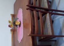 السلام عليكم .... طاولة أكل..صالون ارضي