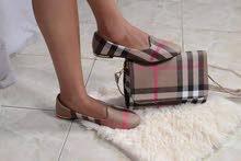 طقم أحذية وحقائب