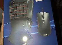 للبيع ماوس وكيبورد تحكم للسوني4 من شركة ( HORI )