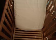 سرير اطفال (مذركير) بحالة جديدة +مرتبه