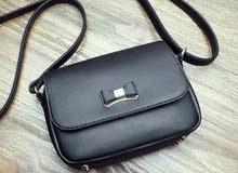 حقيبة ذات تصميم رائع وراقي