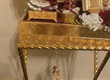 عربية شبكة مطلية بالذهب