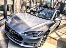 صيانة سيارات تيسلا بكامل الامكانيات