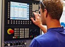طاقم متخصص في صيانة كهرباء المصانع وانظمة التحكم الالي وماكينات التعبئة والمعدات الصناعية