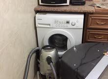 للبيع مكنسة كهربائية مستعملة  بحالة جيدة الاتصال فقط  0776379409