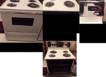 Electric stove with oven.