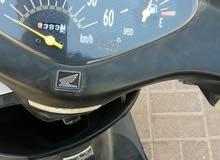دراجه هوندا دايو نظيفه وبسعر جيد لموسم الشتاء تحتاج إلى تيوب امامي فقط