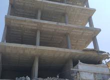 عماره جديده   اب    ست طوابق دور اول ثلاث فتحات دكاكين جاهزه مع شقه خلفي مشطبه