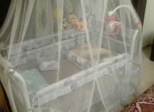 سرير بيبي مع سرير هزاز