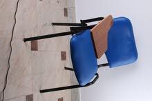 كرسي ايطالي الوان بمسند خشب متحرك