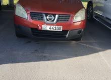 نيسان قشقاي موديل 2008 خمري اللون ممتازة وجميلة وقوية واقتصادية 4 سلندر