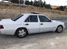 Mercedes Benz E 200 1987 For sale - White color