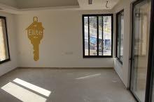 580 sqm  Villa for sale in Amman