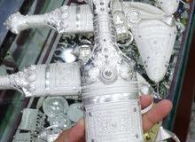 خنجر او جنبية سعيدي عماني مصنوع من فضة خالصة عمانية و صياغة تكاسير جميلة جنيلة