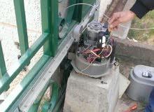 خدمات الابواب الكهربائية تركيب صيانة بالضمان