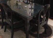 كنب فاخر و طاولة سفرة راقية من هوم سنتر