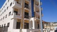 شقة طابق ارضي للبيع في مرج الحمام تشطيب سوبر ديلوكس 130 م