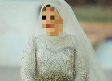 فستان زفاف هاندميد للبيع اتلبس ساعتين بس