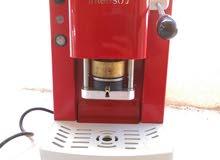 ماكينة قهوة اقراص نظيفة استعمال بسيط