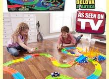 لعبة مسارات السيارات حجم كبير 360 قطعه بداخلها سيارتين وجسر وقطع اخرى